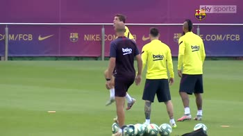 Messi trains despite departure rumours