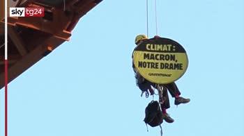 """Greenpeace su gru a Notre Dame: """"Macron agisci"""""""