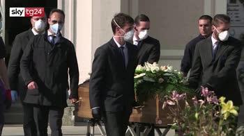 Coronavirus, Istat: a marzo e aprile 45mila morti in più