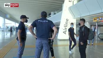 Coronavirus, aumentati i controlli all'aeroporto di Fiumicino