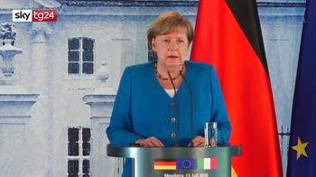 "Coronavirus, Merkel: dall'Italia ""straordinaria disciplina"""