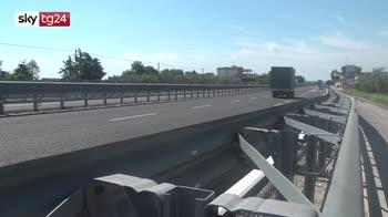 Barletta, furgone contro bici elettrica: 3 morti