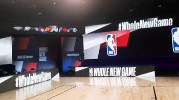 """NBA, la scritta """"Black Lives Matter"""" sul parquet"""