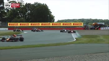 Gp Silverstone, vince Hamilton su tre ruote, LeClerc terzo