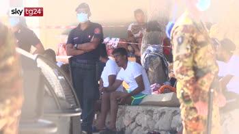 ERROR! A Lampedusa si attende la nave quarantena