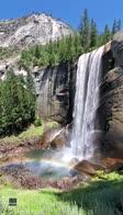 L'arcobaleno creato dalla cascata al Yosemite Park
