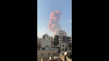 Libano, forte esplosione a Beirut