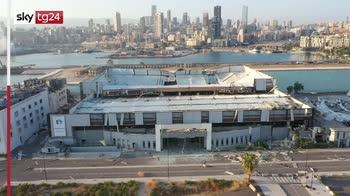 Forti esplosioni a Beirut, immagini aeree
