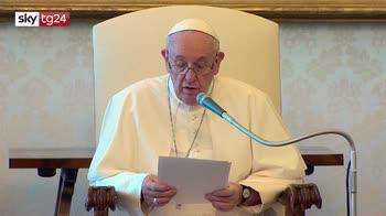 Esplosione Beirut, Papa: preghiamo per le vittime