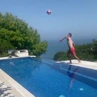 bonaventura rovesciata piscina