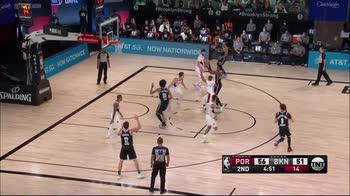 NBA, 37 punti per Caris LeVert contro Portland