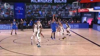 NBA, 31 punti di Vucevic contro Milwaukee