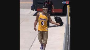 NBA, Westbrook e Harden ricordano Kobe Bryant all'arrivo
