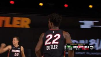 NBA, i 30 punti di Jimmy Butler contro Milwaukee