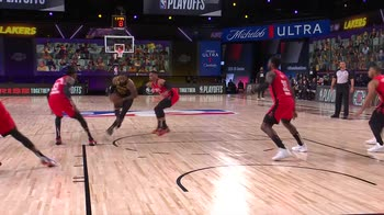 NBA, Play of the Day: LeBron James (7 settembre)