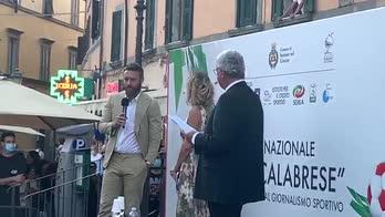 """De Rossi scherza: """"Offerte senza patentino non valgono"""""""