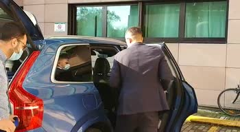 Inter, Kolarov arriva all'Humanitas per le visite mediche