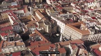 Sette Meraviglie, Napoli - Intrecci di epoche diverse