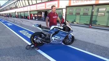 WARN! - MOTO CON LIVREA DELLA POLIZIA 18:40 (canale 208 MotoGP)