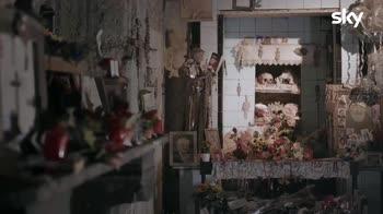 Sette Meraviglie, Napoli - Il rapporto tra i vivi e i morti