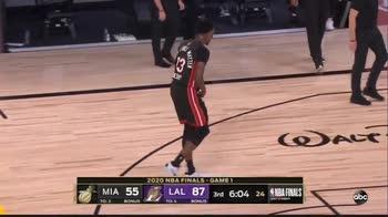Finali NBA: Adebayo lascia il campo per infortunio