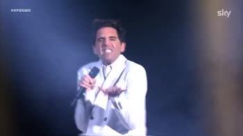 performance-mika-medley-finale