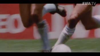 CLIP OMAGGIO FIFA MARADONA_4303308