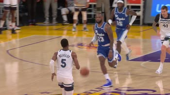 NBA, Assist of the Night: LeBron James (28 dicembre)
