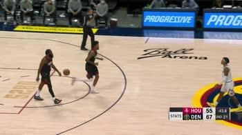 NBA, 34 punti per James Harden contro Denver