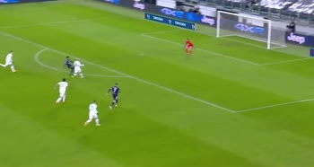 Juventus-Sassuolo, l'assist di tacco di McKennie