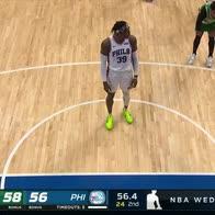 NBA, Howard e la nuova tecnica per segnare i tiri liberi