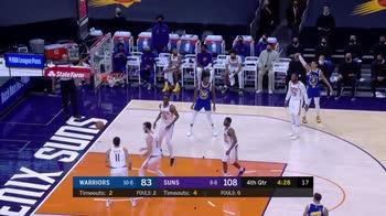 NBA, l'assist di Nico Mannion contro Phoenix