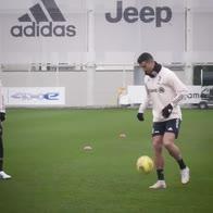 cristiano-ronaldo-palleggi-spettacolari-allenamento