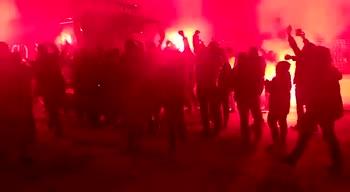 Spezia, squadra accolta dai tifosi in festa dopo Sassuolo
