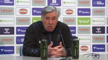"""Ancelotti e la strana esultanza del té: """"Faceva freddo"""""""