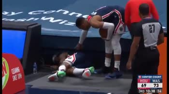 NBA, il pallone si è perso: lo recupera Bradley Beal
