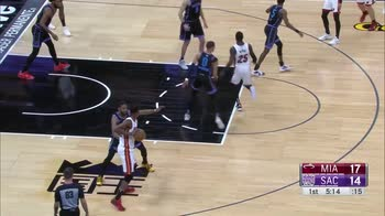 NBA, tripla doppia per Jimmy Butler contro Sacramento