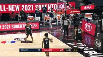 NBA, tripla doppia per Nikola Jokic contro Cleveland