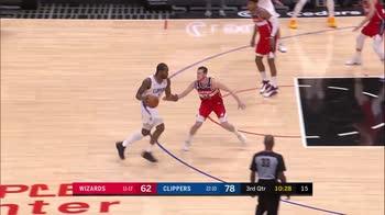 NBA, 32 punti di Kawhi Leonard contro Washington