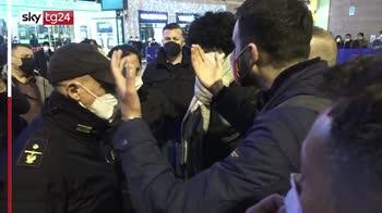 Sanremo, protesta degli esercenti davanti all'Ariston