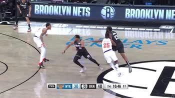 NBA, la tripla doppia di James Harden contro i Knicks