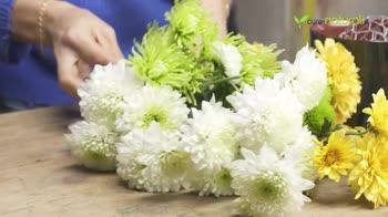 Composizione floreale con Ortensia e Crisantemo
