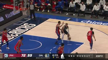 NBA, 32 punti di Luka Doncic contro Philadelphia