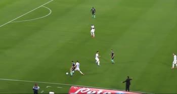Napoli-Inter, la difesa con la suola di Fabian Ruiz