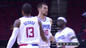 NBA, i 33 punti di Paul George contro Houston