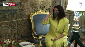 Laura Pausini ricevuta dal presidente Mattarella al Quirinale