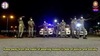 Covid India, balletto della polizia in Kerala per mascherin