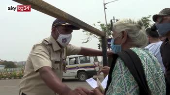 ERROR! India al collasso, record di casi e vittime nuovo lockdown