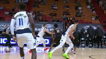 NBA, 36 punti di Tim Hardaway Jr contro Miami