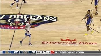 NBA, 33 punti di Lonzo Ball contro Golden State